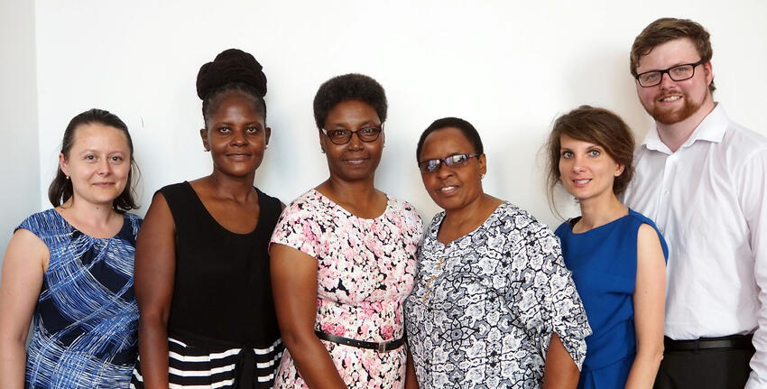 From left to right: Dr Lavinia Hirsu, Dr Keneilwe Molosi-France (University of Botswana), Dr Nancy Njiraini (Strathmore University, Kenya); Dr Amina Kamando (University of Dar-es-Salaam, Tanzania), Dr Katarzyna Borkowska (University of Glasgow) & David Jackson (University of Glasgow).